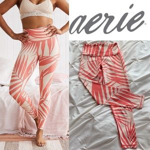 AERIE MOVE 7/8 palm leggings in Spicy coral